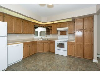 """Photo 3: 207 31930 OLD YALE Road in Abbotsford: Abbotsford West Condo for sale in """"Royal Court"""" : MLS®# R2338800"""