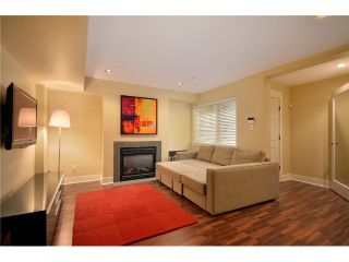 Photo 8: 4825 BARKER Crescent in Burnaby: Garden Village House for sale (Burnaby South)  : MLS®# V902284