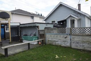 Photo 4: 2037 DUBLIN Street in New Westminster: Connaught Heights House for sale : MLS®# R2143068