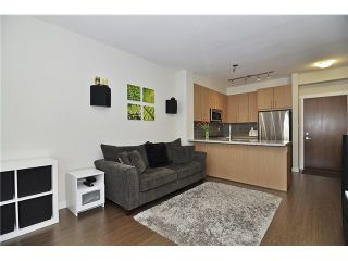 Photo 3: # 212 119 W 22ND ST in North Vancouver: Central Lonsdale Condo for sale : MLS®# V1053875