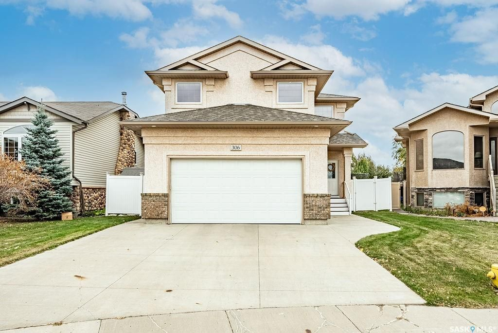 Main Photo: 306 Maguire Court in Saskatoon: Willowgrove Residential for sale : MLS®# SK873893
