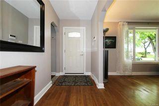 Photo 8: 1166 Warsaw Avenue in Winnipeg: Residential for sale (1Bw)  : MLS®# 1815266
