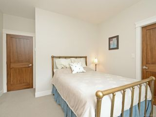 Photo 12: 7 2321 Island View Rd in Central Saanich: CS Island View Row/Townhouse for sale : MLS®# 780518