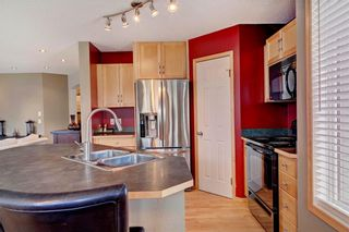 Photo 7: 51 COVECREEK Place NE in Calgary: Coventry Hills House for sale : MLS®# C4124271
