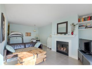Photo 4: # 208 555 W 14TH AV in Vancouver: Fairview VW Condo for sale (Vancouver West)  : MLS®# V1119686