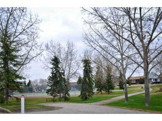 Photo 17: 251 SHAWMEADOWS Road SW in CALGARY: Shawnessy Residential Detached Single Family for sale (Calgary)  : MLS®# C3519898