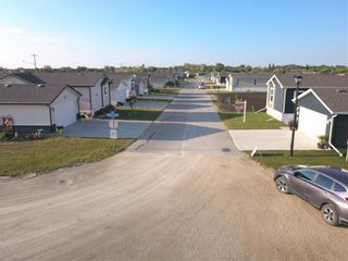Photo 28: 33 COUNTRY CLUB Drive in Sanford: R08 Condominium for sale : MLS®# 202110396