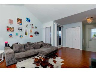 Photo 1: 306 1055 E BROADWAY in Vancouver: Mount Pleasant VE Condo for sale (Vancouver East)  : MLS®# V1137331