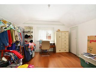 """Photo 7: 2336 CHARLES Street in Vancouver: Grandview VE House for sale in """"Commercial Drive"""" (Vancouver East)  : MLS®# V1011947"""