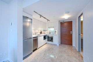 """Photo 10: 112 161 W GEORGIA Street in Vancouver: Downtown VW Townhouse for sale in """"COSMO"""" (Vancouver West)  : MLS®# R2575699"""