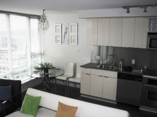 Photo 5: 2106 233 ROBSON Street in Vancouver: Downtown VW Condo for sale (Vancouver West)  : MLS®# R2106930