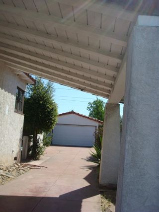Photo 3: SAN DIEGO House for sale : 3 bedrooms : 4935 College Ave