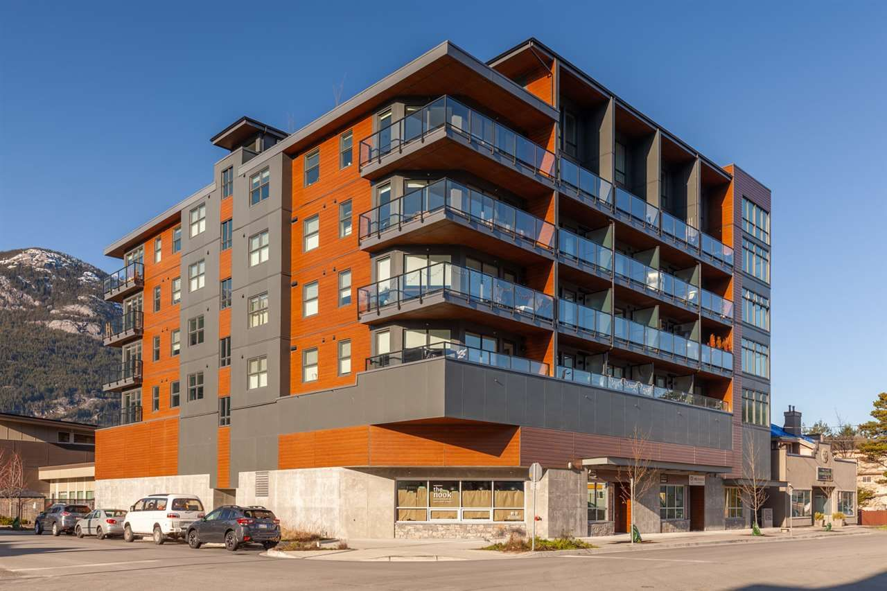 """Main Photo: 309 38013 THIRD Avenue in Squamish: Downtown SQ Condo for sale in """"THE LAUREN"""" : MLS®# R2524196"""
