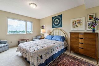 Photo 28: 20 140 STRATHAVEN Circle SW in Calgary: Strathcona Park Semi Detached for sale : MLS®# C4306034