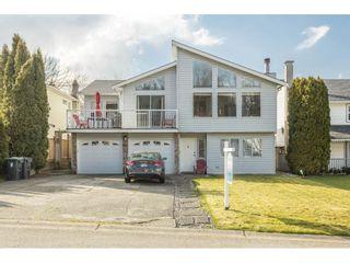 "Photo 1: 9211 214 Street in Langley: Walnut Grove House for sale in ""Walnut Grove"" : MLS®# R2548825"