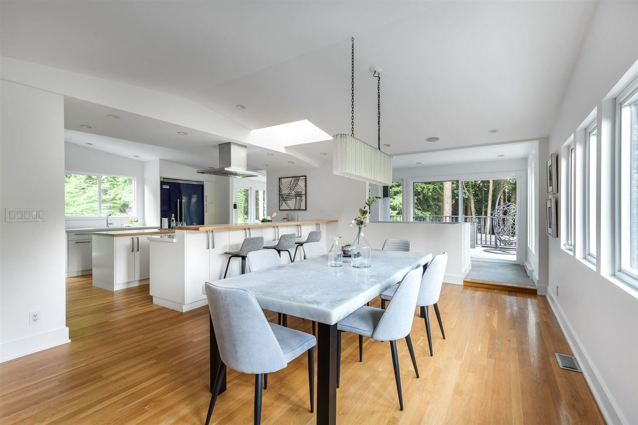 Photo 9: Photos: 315 MULGRAVE Place in West Vancouver: British Properties House for sale : MLS®# R2483368
