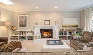 Photo 2: 3379 NORWOOD Avenue in North Vancouver: Upper Lonsdale House for sale : MLS®# R2348316