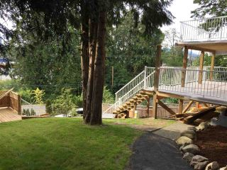 """Photo 3: 11380 RIVER Road in Surrey: Royal Heights House for sale in """"ROYAL HEIGHTS"""" (North Surrey)  : MLS®# R2423198"""