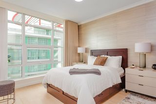 """Photo 13: 701 199 VICTORY SHIP Way in North Vancouver: Lower Lonsdale Condo for sale in """"TROPHY AT THE PIER"""" : MLS®# R2509292"""