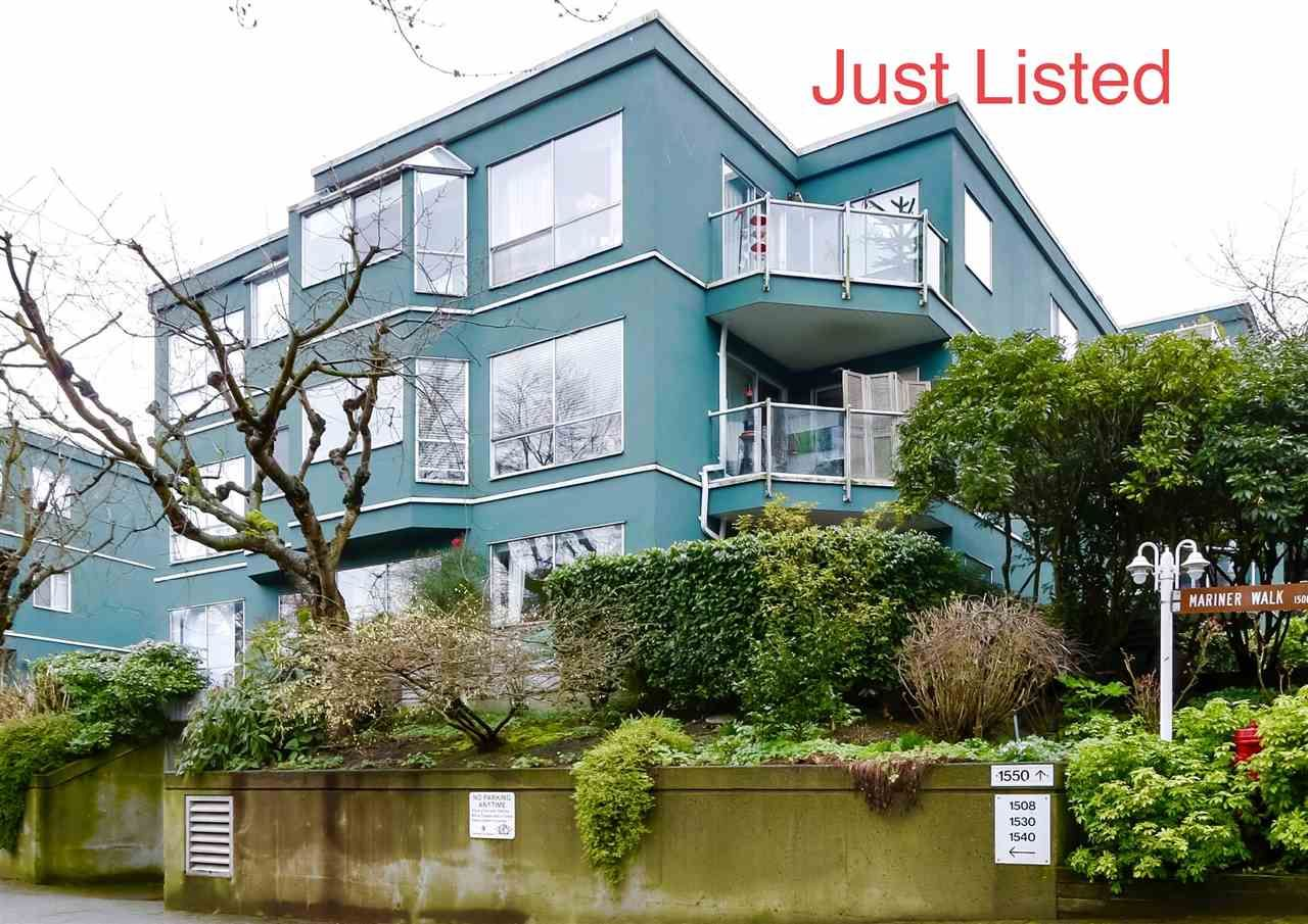 "Main Photo: 303 1550 MARINER WALK in Vancouver: False Creek Condo for sale in ""Mariner Point"" (Vancouver West)  : MLS®# R2441807"