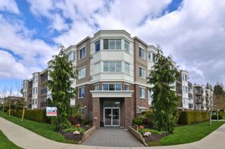 "Photo 1: 202 15357 ROPER Avenue: White Rock Condo for sale in ""REGENCY COURT"" (South Surrey White Rock)  : MLS®# R2159273"