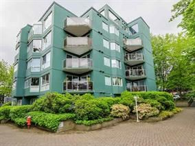 "Main Photo: 208 1508 MARINER Walk in Vancouver: False Creek Condo for sale in ""Mariner Point"" (Vancouver West)  : MLS®# R2029363"