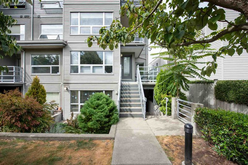 FEATURED LISTING: 3155 4TH Avenue West Vancouver