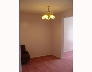 Photo 4: 135 APPLEGLEN Park SE in CALGARY: Applewood Residential Detached Single Family for sale (Calgary)  : MLS®# C3386324