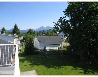 Photo 13: 11918 HAWTHORNE Street in Maple_Ridge: Cottonwood MR House for sale (Maple Ridge)  : MLS®# V769675