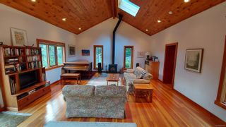 Photo 1: 127 Central Ave in : GI Salt Spring House for sale (Gulf Islands)  : MLS®# 865634