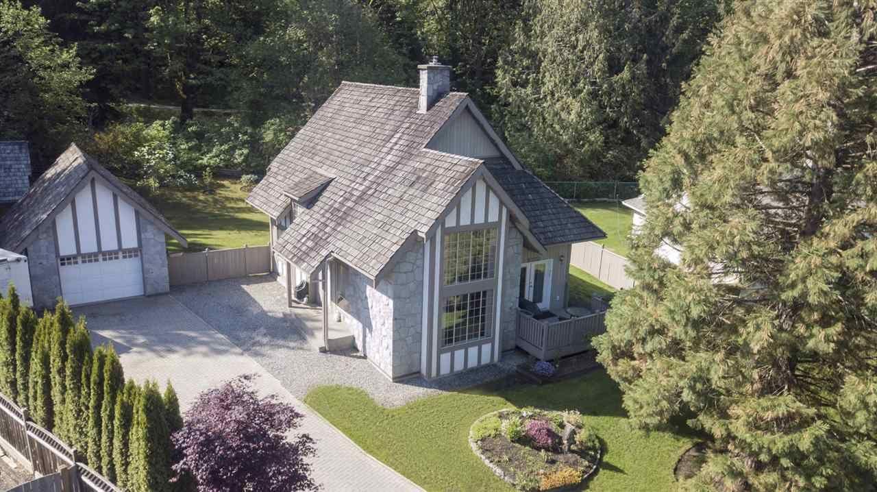 Main Photo: 6 1735 SPRING CREEK Drive: Lindell Beach House for sale (Cultus Lake)  : MLS®# R2537048