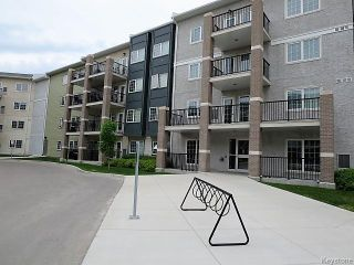 Photo 17: 25 Bridgeland Drive North in Winnipeg: Bridgwater Forest Condominium for sale (1R)  : MLS®# 1710318
