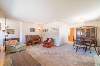 Photo 5: 30 Roselawn Crescent NW in Calgary: Rosemont Detached for sale : MLS®# A1098452