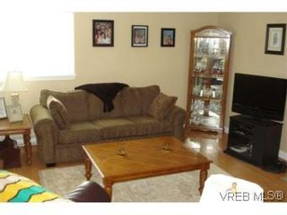 Photo 15: 959 Bray Ave in VICTORIA: La Langford Proper House for sale (Langford)  : MLS®# 507177