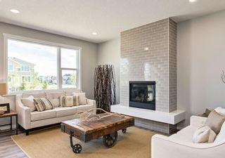 Photo 5: 1330 156 Street in Edmonton: Zone 56 House for sale : MLS®# E4259273