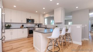Photo 4: PACIFIC BEACH House for sale : 2 bedrooms : 1018 Beryl St in San Diego