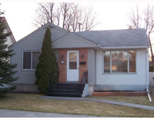 Main Photo: 559 BEAVERBROOK Street in WINNIPEG: River Heights / Tuxedo / Linden Woods Residential for sale (South Winnipeg)  : MLS®# 2907113
