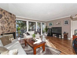 """Photo 3: 202 720 8TH Avenue in New Westminster: Uptown NW Condo for sale in """"SAN SEBASTIAN"""" : MLS®# V924982"""