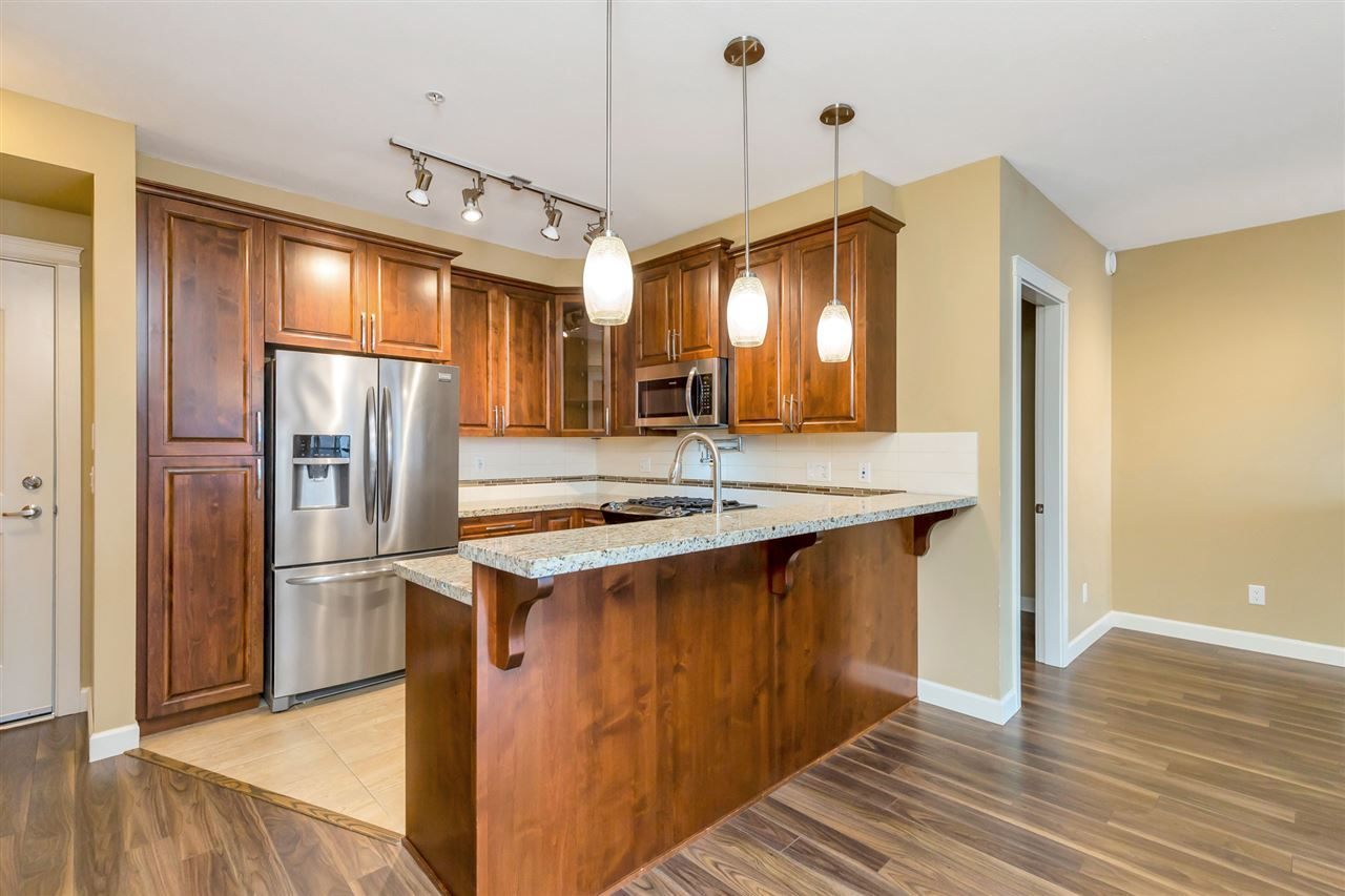 "Photo 7: Photos: 524 2860 TRETHEWEY Street in Abbotsford: Central Abbotsford Condo for sale in ""La Galleria"" : MLS®# R2525522"