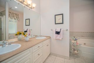 Photo 22: 15473 THRIFT Avenue: White Rock House for sale (South Surrey White Rock)  : MLS®# R2599524