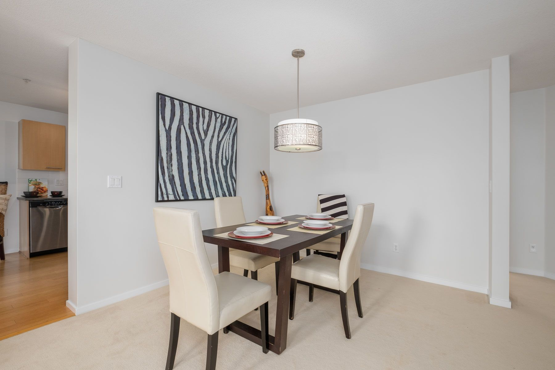 """Photo 6: Photos: 404 9339 UNIVERSITY Crescent in Burnaby: Simon Fraser Univer. Condo for sale in """"HARMONY AT THE HIGHLANDS"""" (Burnaby North)  : MLS®# R2578073"""
