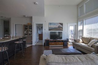"""Photo 7: 415 33539 HOLLAND Avenue in Abbotsford: Central Abbotsford Condo for sale in """"THE CROSSING"""" : MLS®# R2159342"""