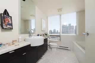 """Photo 11: 1703 1055 HOMER Street in Vancouver: Yaletown Condo for sale in """"DOMUS"""" (Vancouver West)  : MLS®# R2186785"""