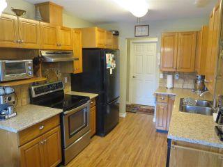 Photo 7: 305 1132 DUFFERIN Street in Coquitlam: Eagle Ridge CQ Condo for sale : MLS®# R2105462