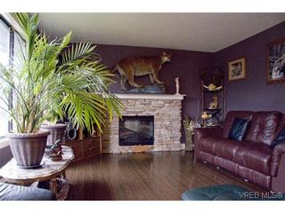 Photo 7: 3257 Jacklin Rd in VICTORIA: Co Triangle House for sale (Colwood)  : MLS®# 611786