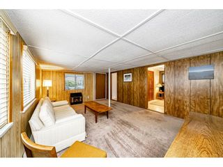 """Photo 11: 108 15875 20 Avenue in Surrey: King George Corridor Manufactured Home for sale in """"Sea Ridge Bays"""" (South Surrey White Rock)  : MLS®# R2512573"""
