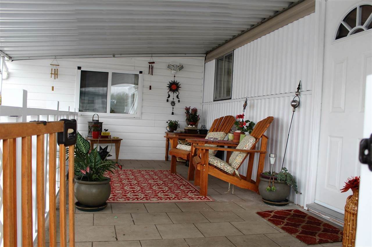 """Photo 2: Photos: 288 201 CAYER Street in Coquitlam: Maillardville Manufactured Home for sale in """"WILDWOOD PARK"""" : MLS®# R2117360"""