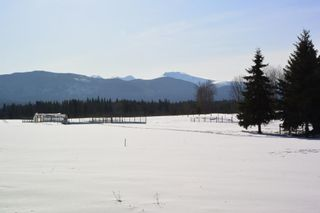 """Photo 15: 7255 WOODMERE Road in Smithers: Smithers - Rural Manufactured Home for sale in """"WOODMERE"""" (Smithers And Area (Zone 54))  : MLS®# R2438178"""