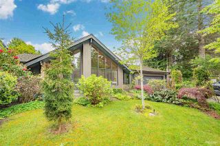 Photo 1: 5136 10A AVENUE in Delta: Tsawwassen Central House for sale (Tsawwassen)  : MLS®# R2573477