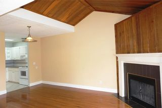 Photo 7: 212 13104 ELBOW Drive SW in Calgary: Canyon Meadows Row/Townhouse for sale : MLS®# C4297681